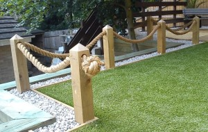 Decking rope for the perfect style statement carehomedecor for Garden decking with rope