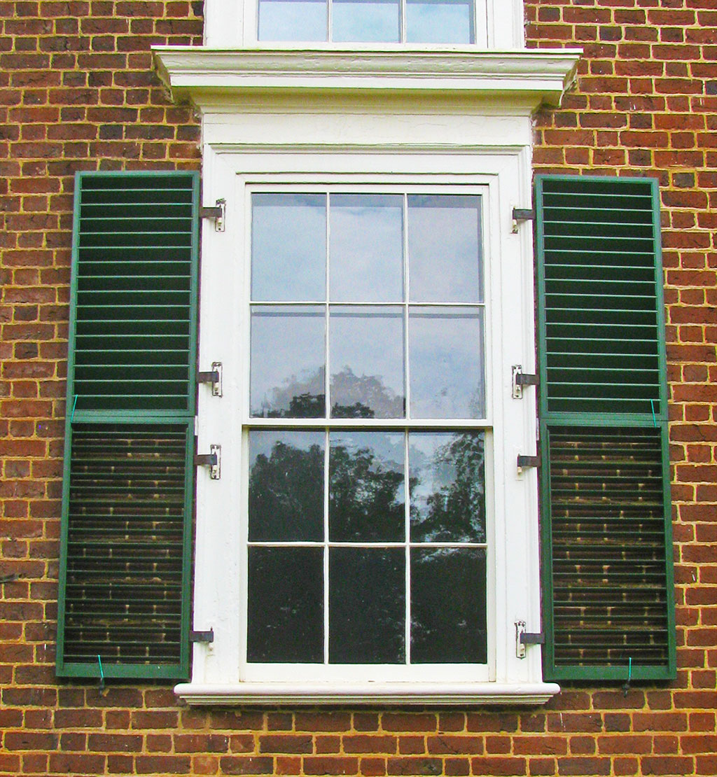 Design your home with exterior window shutters carehomedecor for Window design exterior