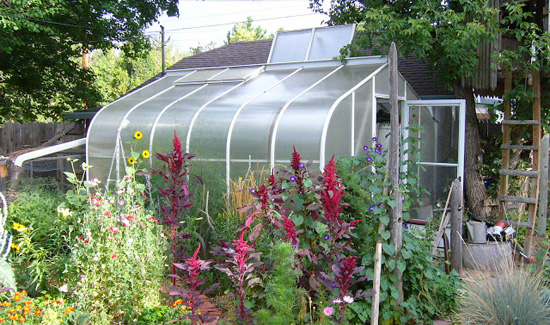 Get fantastic and incredible look with garden greenhouse for Better homes and gardens greenhouse