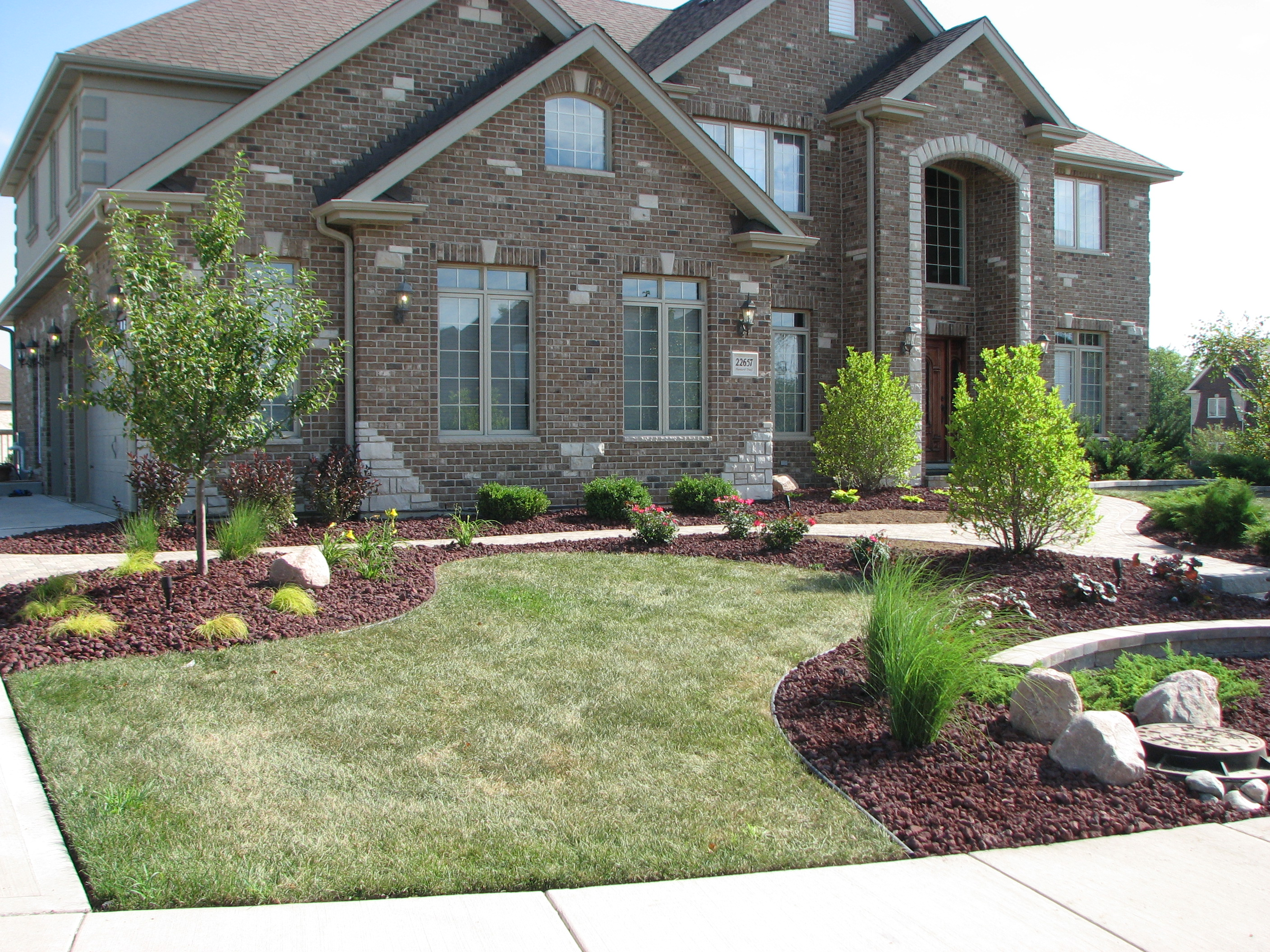 design the appealing home landscaping at your place – carehomedecor - these are the tips by which you can use to design the best landscape atyour place you can also add some lighting for night time