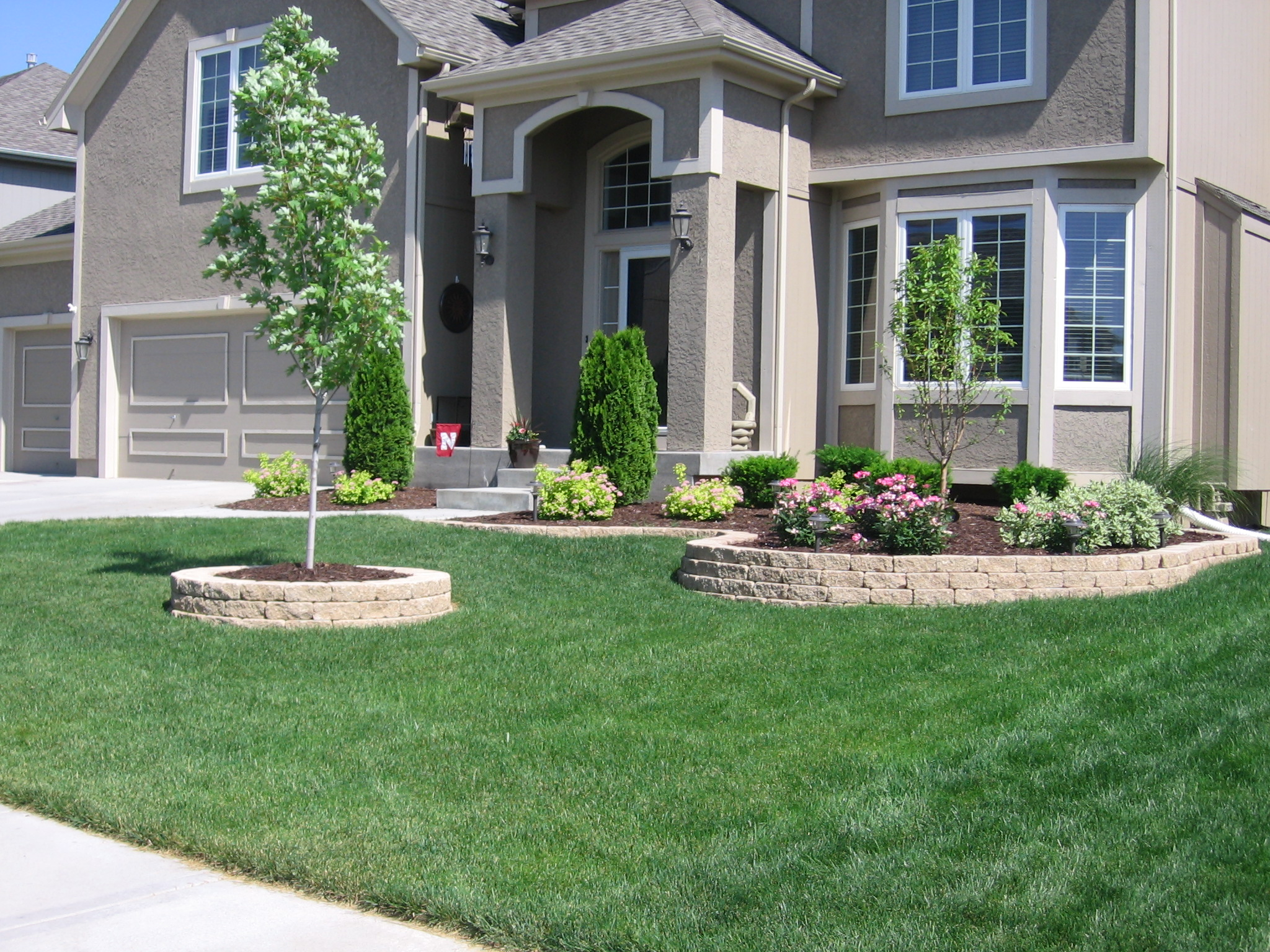 Design the appealing home landscaping at your p – CareHomeDecor