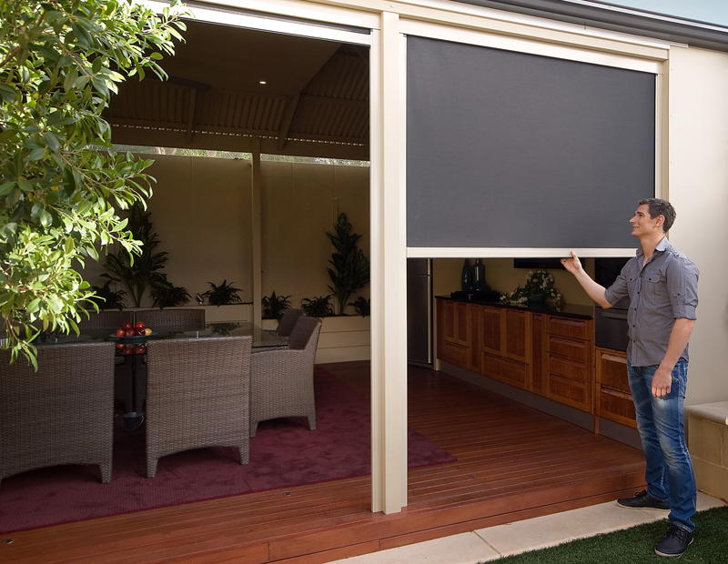 Make Your Outdoor Area Beautiful With Outdoor Patio Blinds