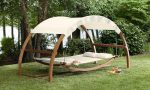 Trendy and luxurious Outdoor swings: reading lovers' comfort zone