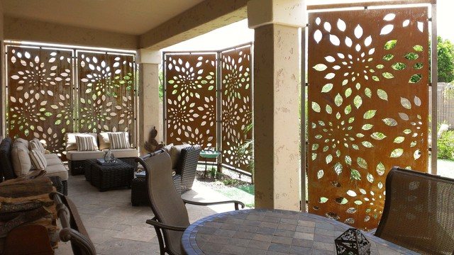 ... Different To Fencing Such As Trees, Bamboo, Hedgerow, The Variety Of  Grasses And Bushes Where All The Materials Provide The Privacy To The  Outdoor Area.