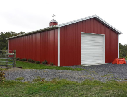 Tips to build a pole barn of your own carehomedecor for Pole building pictures