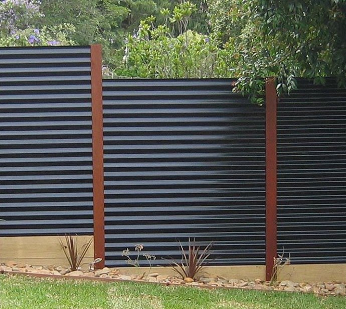 Change your ordinary fencing with new Privacy fence ... on Decorations For Privacy Fence id=82883
