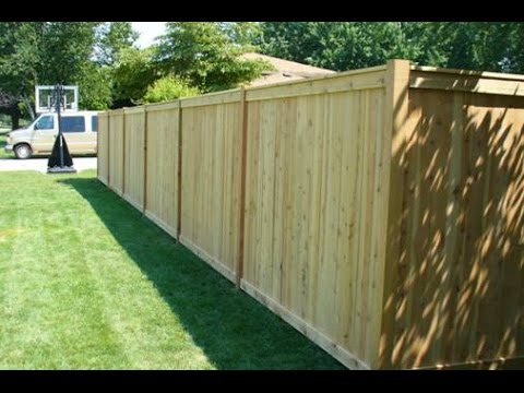 Change your ordinary fencing with new privacy fence for Wood privacy fence ideas