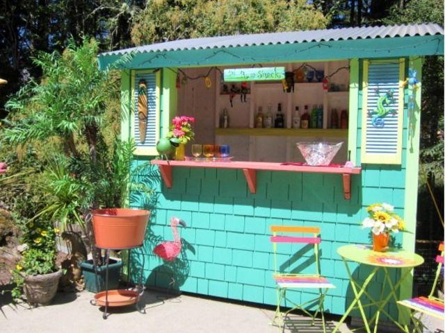 Backyard Bar  47