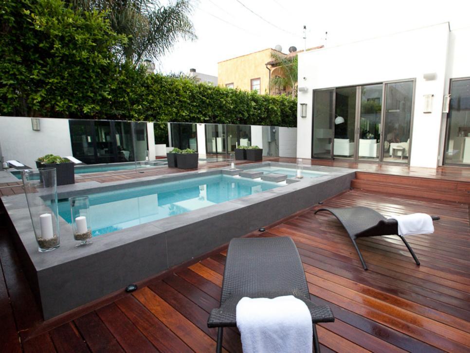 Backyard Deck  10
