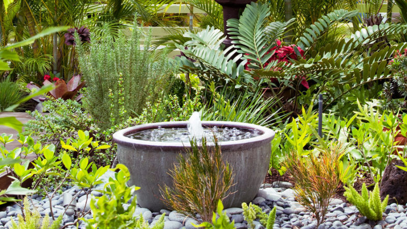 Enjoy the water splash with Backyard Fountains