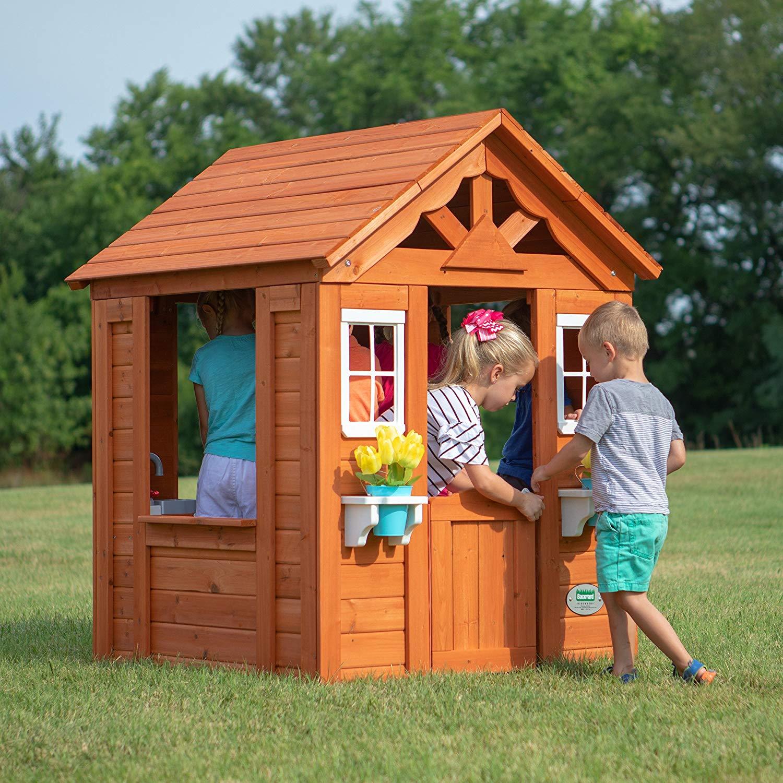 backyard playhouse  48