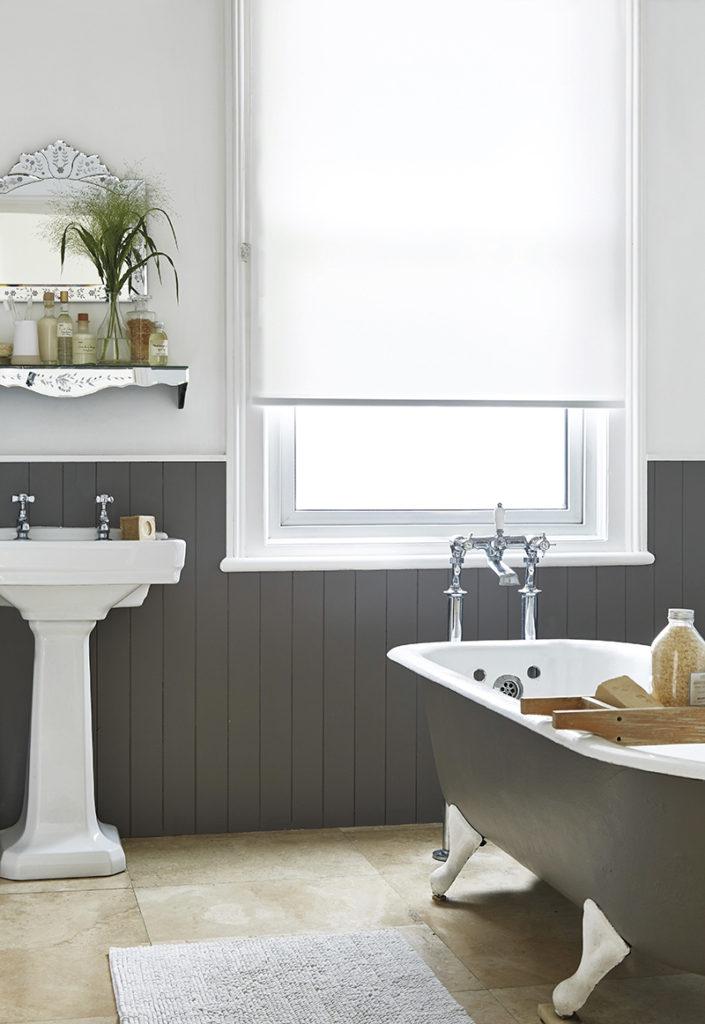 Bathroom blind  64