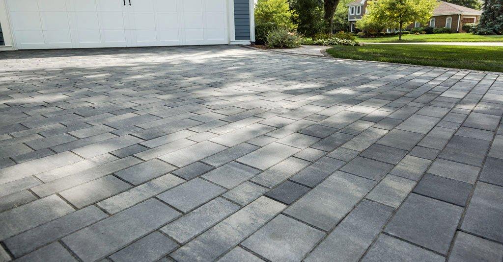 Using Concrete Pavers for Flooring around Home