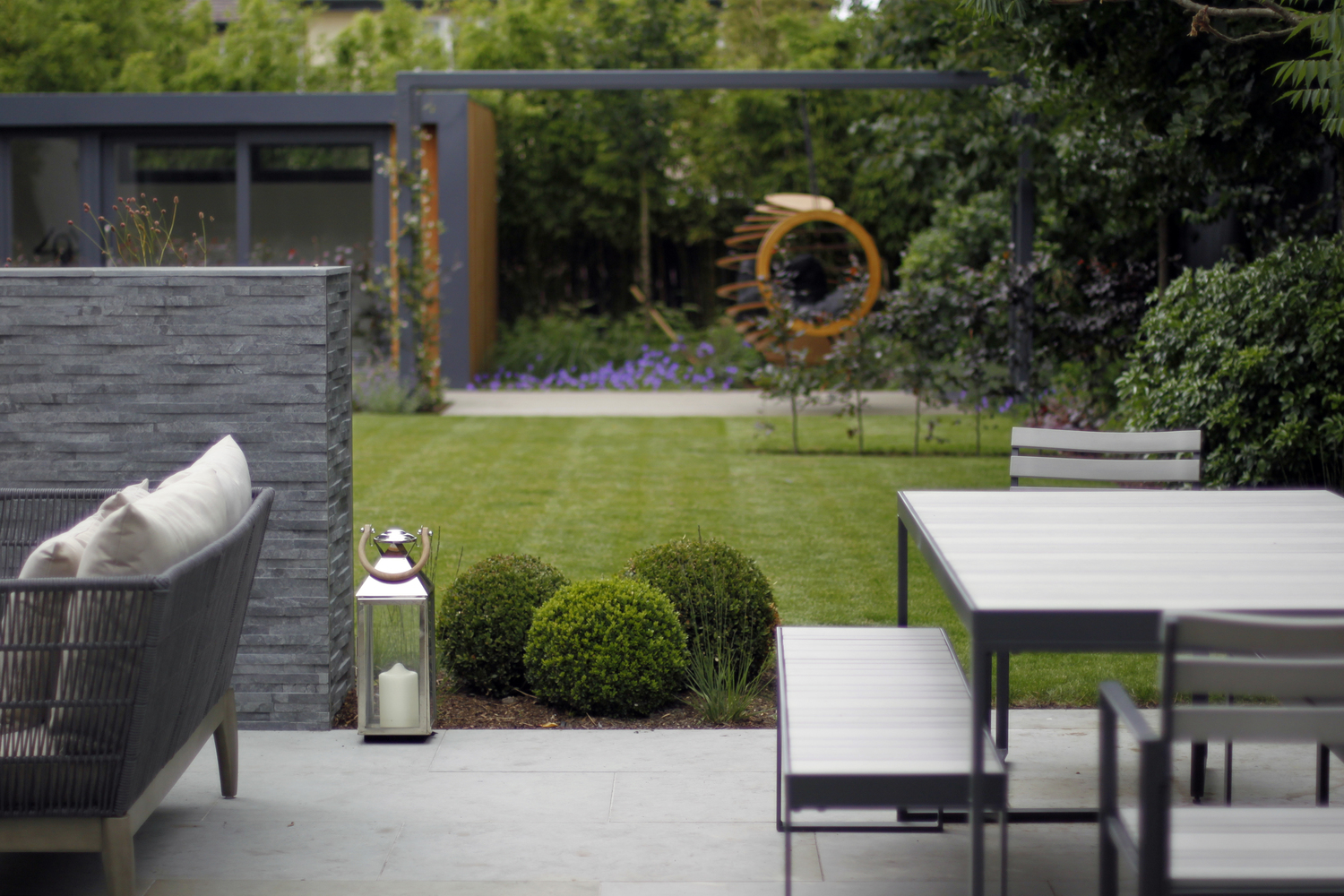 contemporary garden design  76