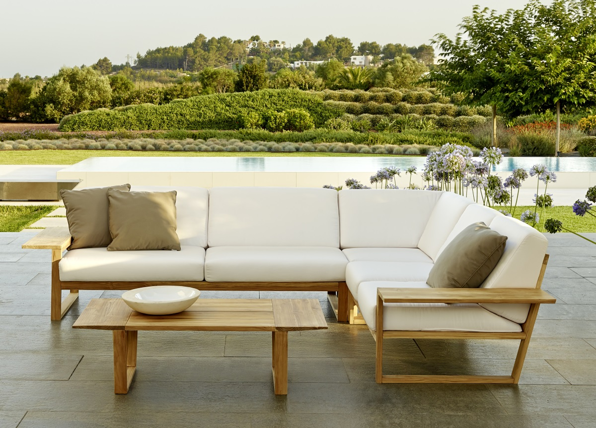 Contemporary Garden Furniture  11
