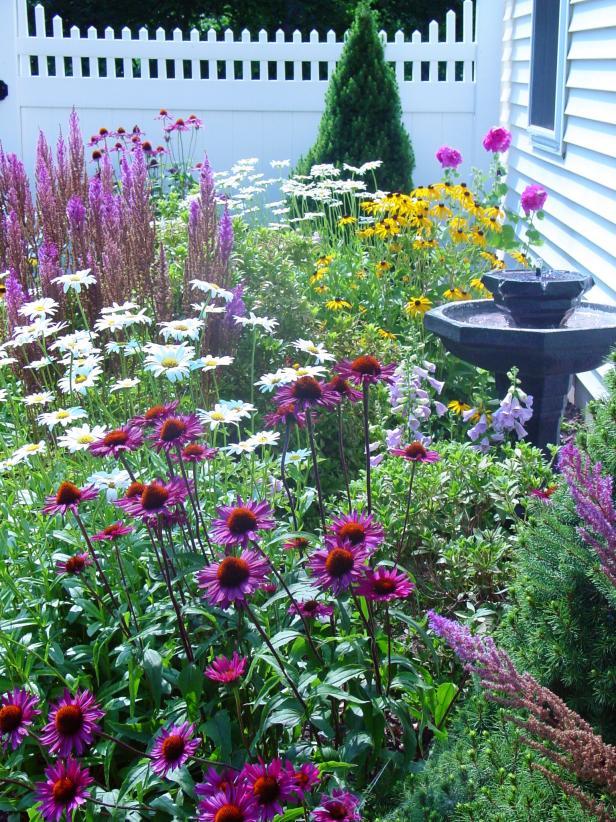 Cottage Garden Ideas Help in Having a Smaller Friendly Garden
