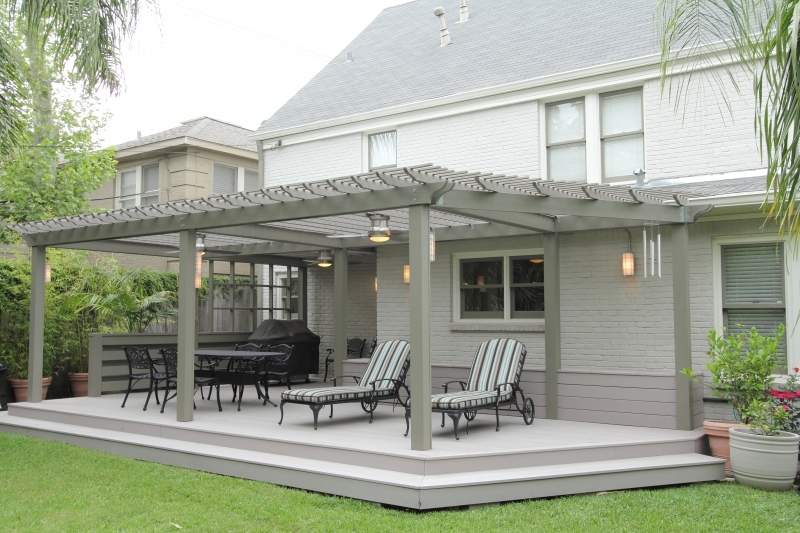 covered deck  29