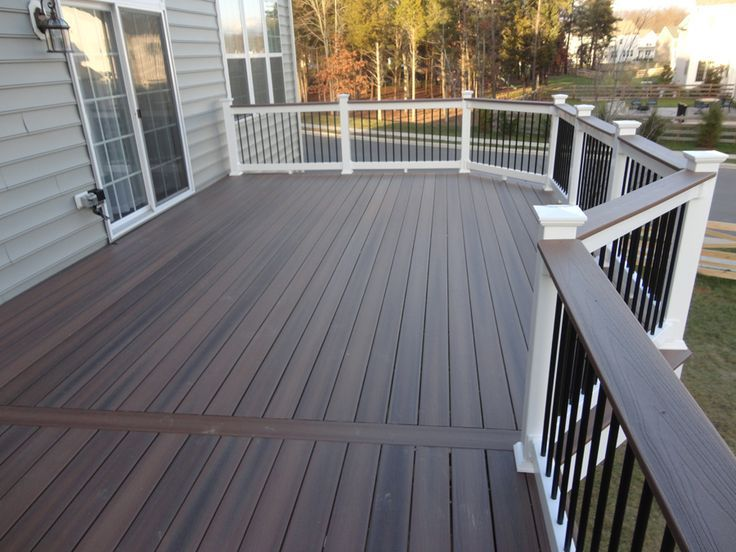 Choose attractive Deck colors for house remodeling