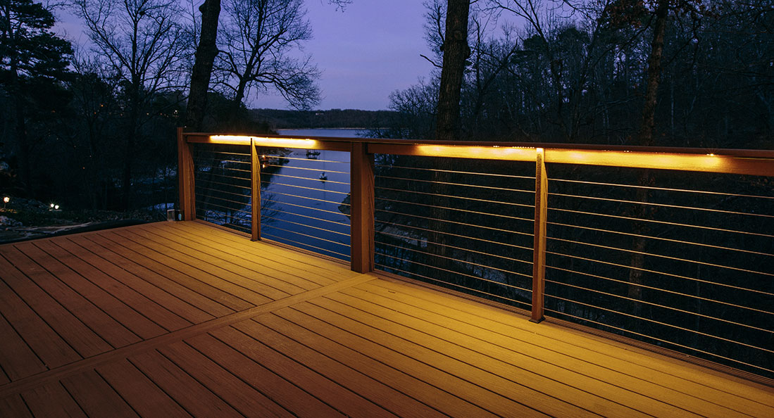 Different types of deck lighting to decorate your home