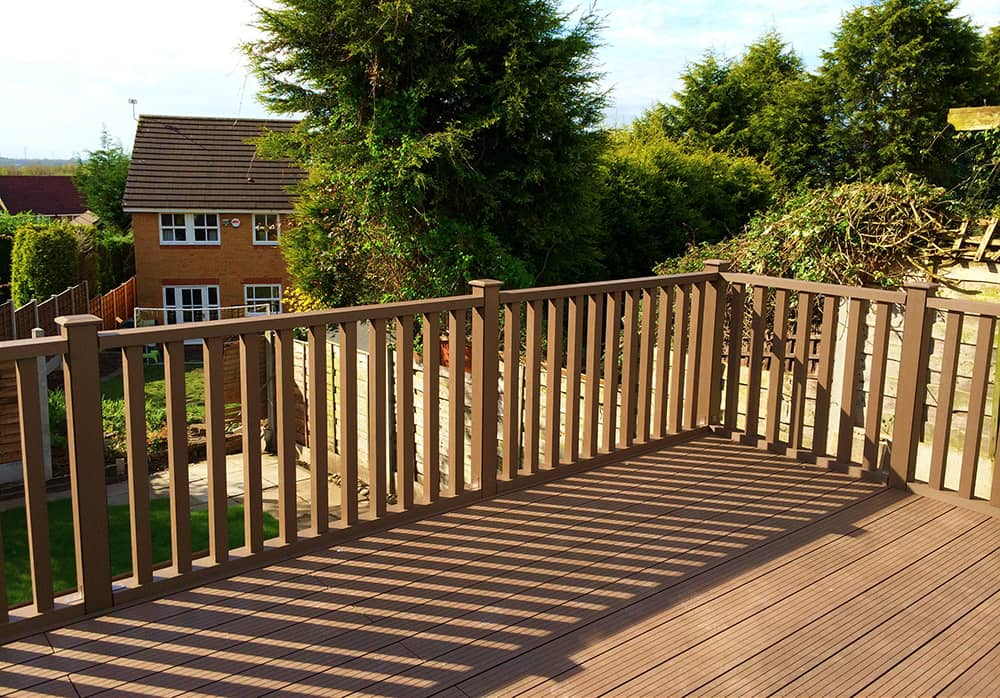 Decking Balustrade Offers Privacy to Deck-area