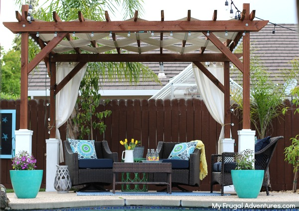 Achieve a dashing look by building DIY pergola in outdoor of our homes