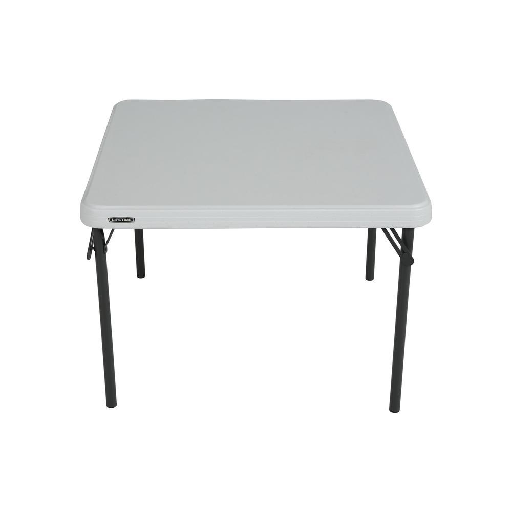 folding tables  83