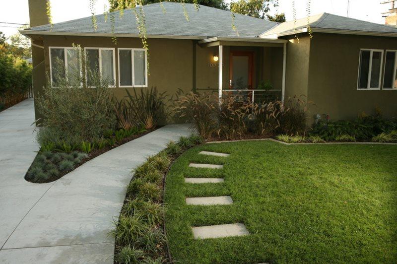 front yard landscape  23