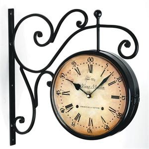 garden clocks  13