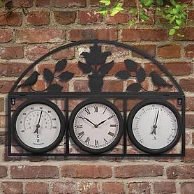 garden clocks  83