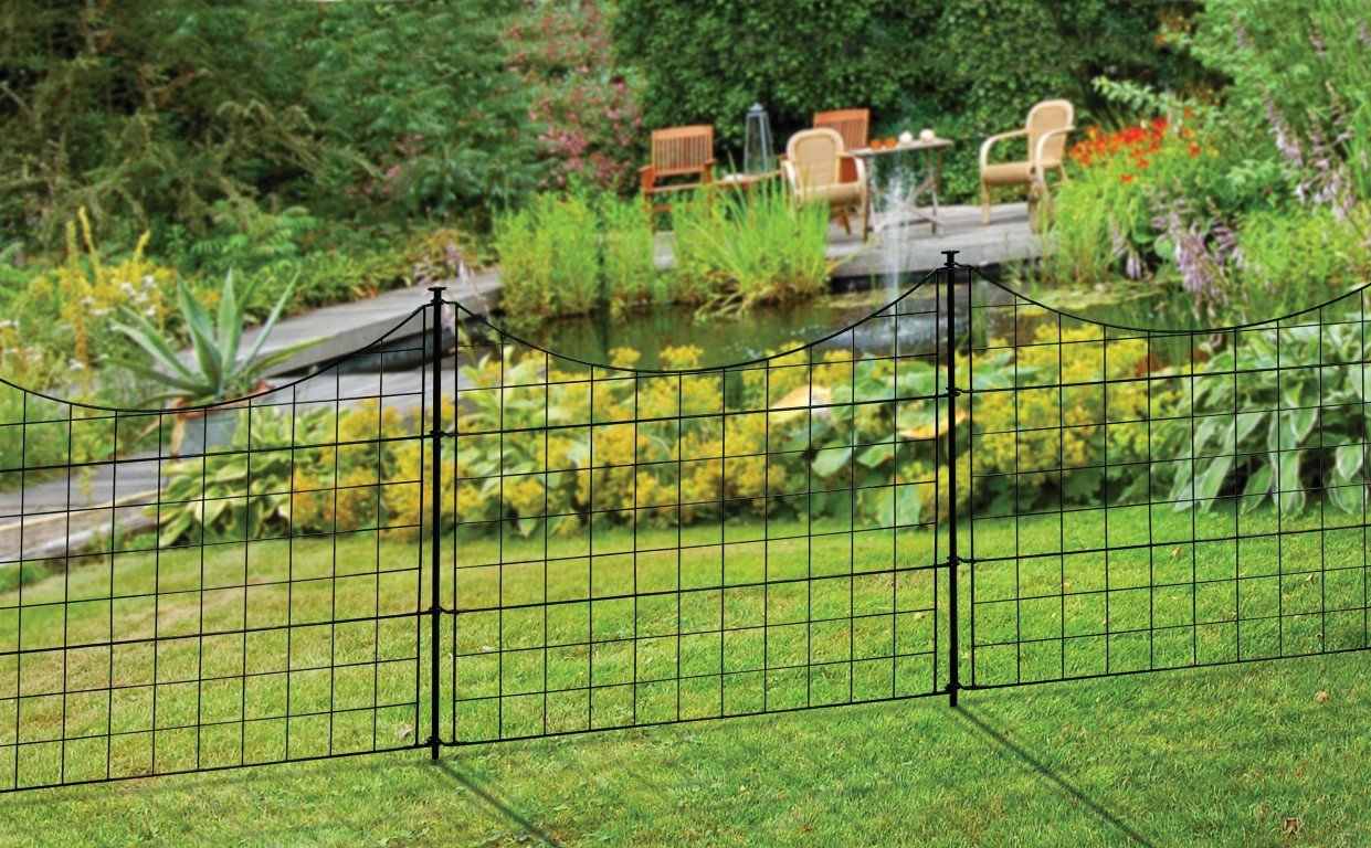 Make your garden fantastic by fencing the best garden fence