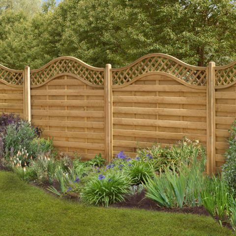 Significant steps of garden fencing to get an elegant garden