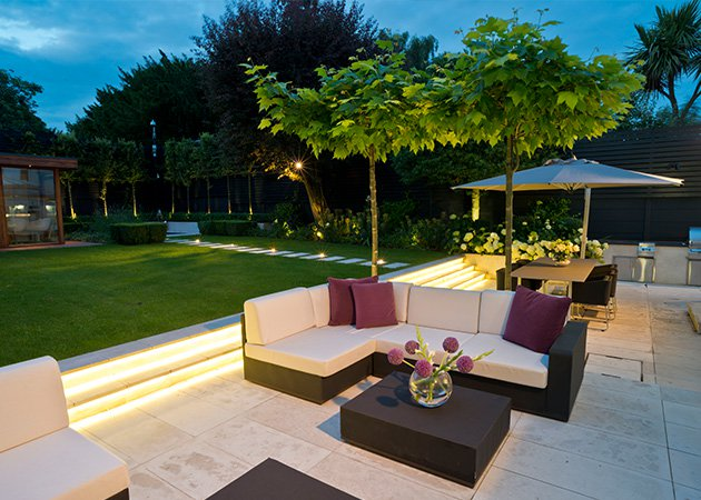 Garden lighting ideas enhance it night beauty