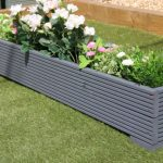 Decorate your garden with best garden planters