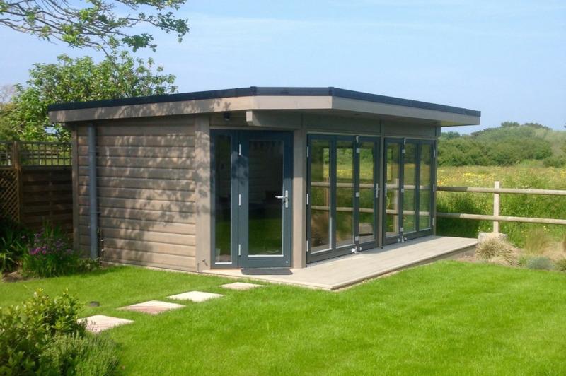 Contemporary style garden rooms