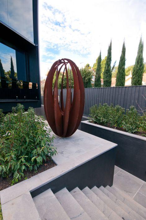 garden sculpture designs  71