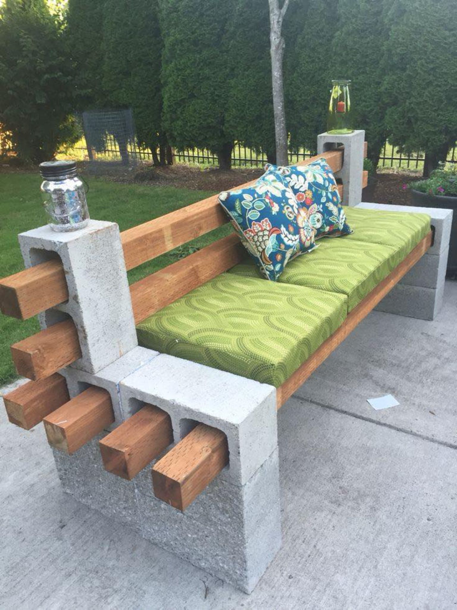 Various options to choose for better garden seating