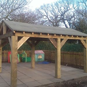 garden shelter 10
