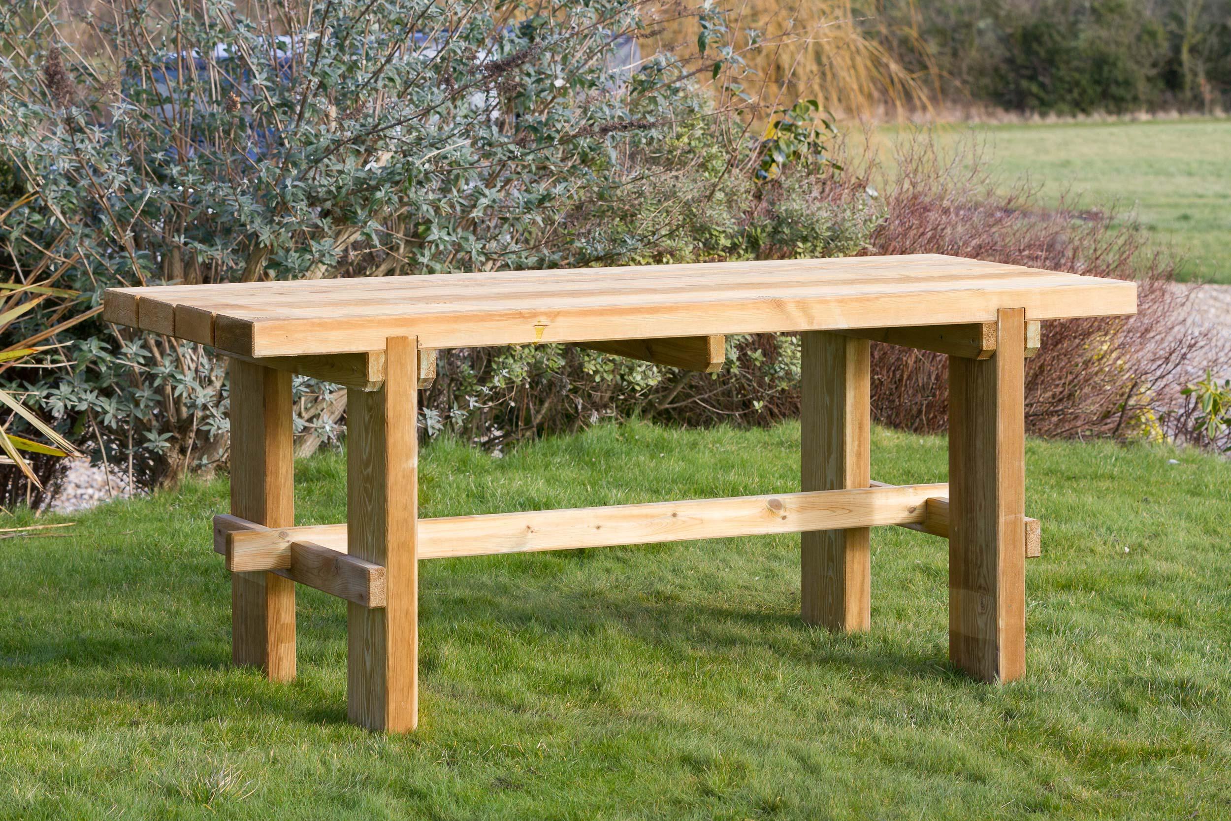 garden table  13