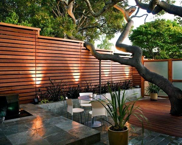 garden wall ideas  30