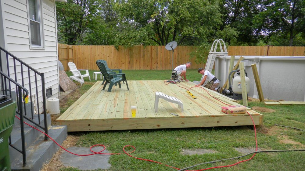 Increase the value of your outdoor space by ground level deck