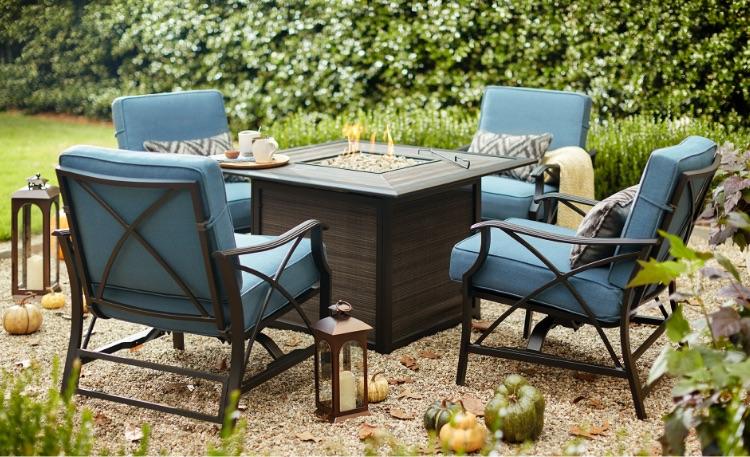 Lawn Furniture  84