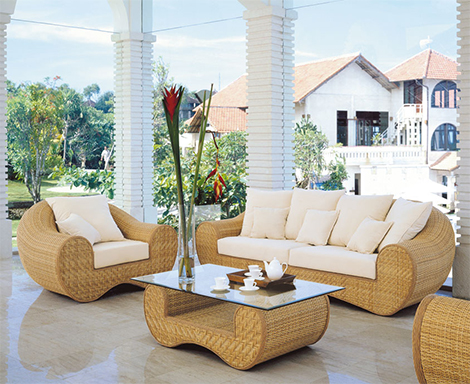 Enhance beauty of your house with luxury outdoor furniture