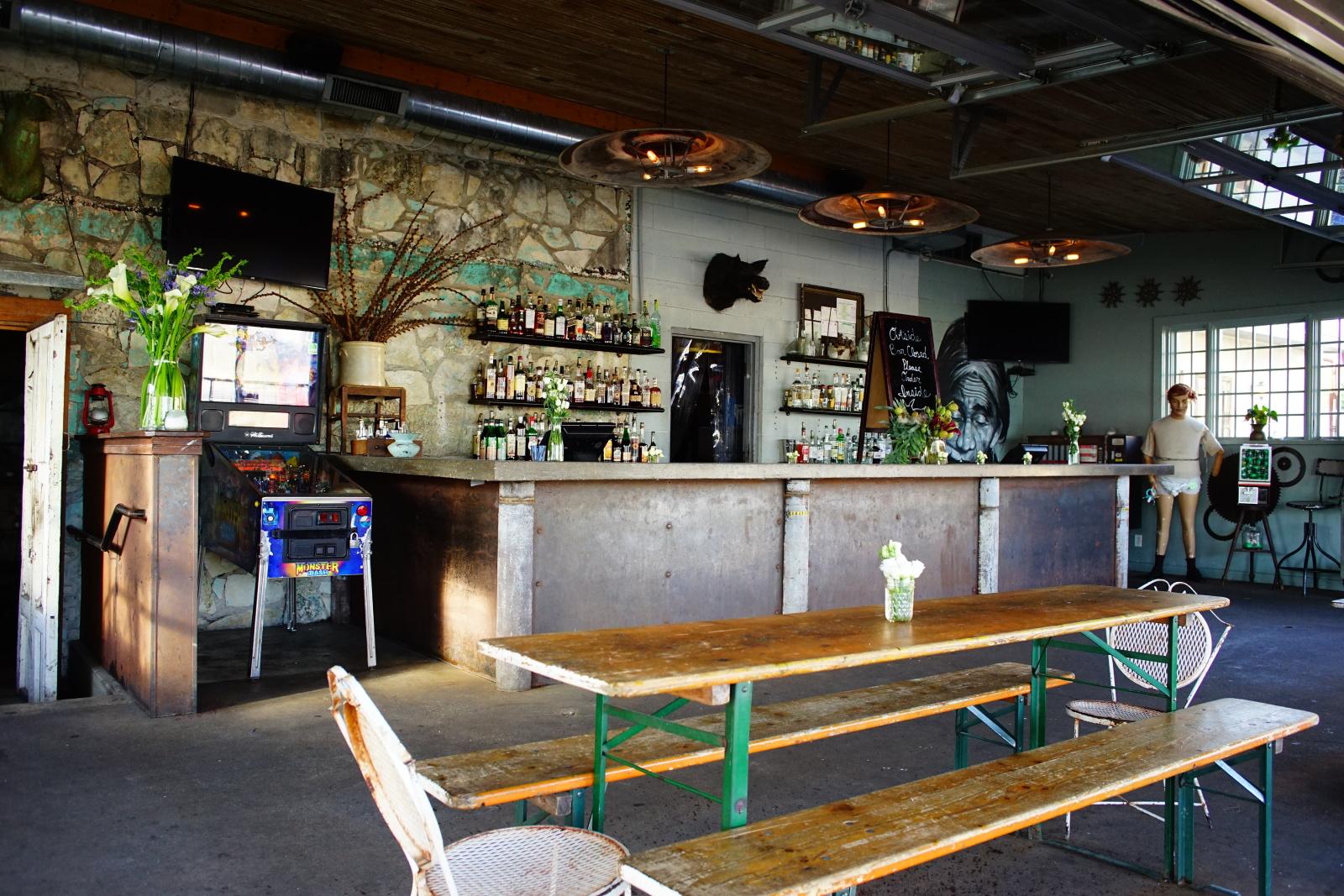 outdoor bars  27