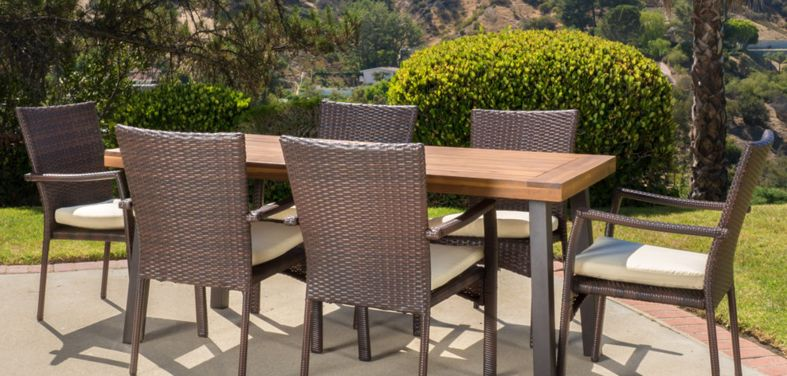outdoor dining furniture  92