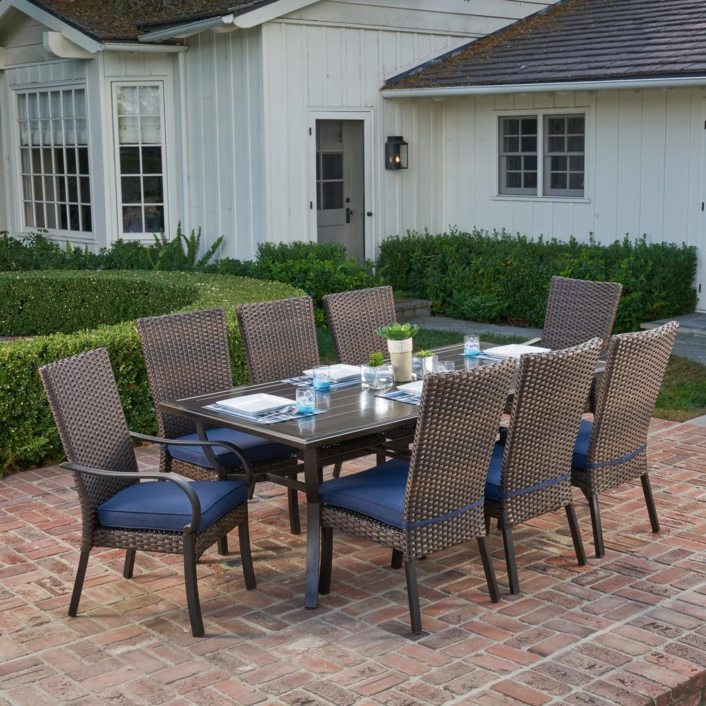 Outdoor dining set  21