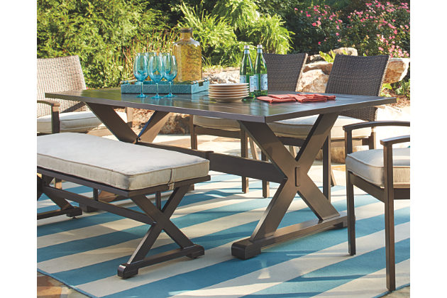 outdoor dining tables  64