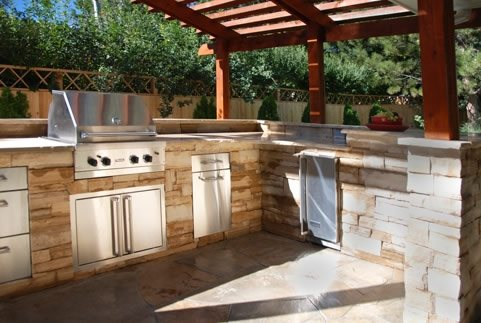 Outdoor kitchen designs  25