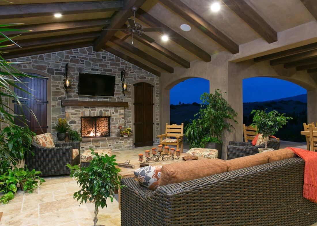 outdoor living room 40