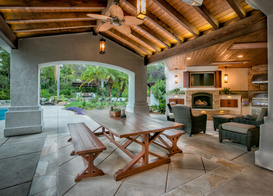 How to remodel your outdoor living room