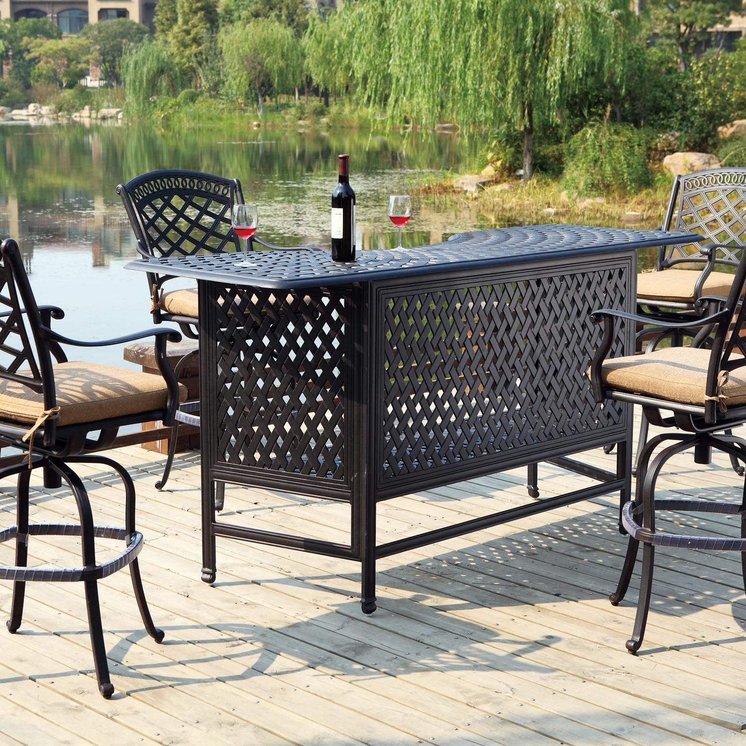 Why an outdoor patio bar is exactly what you need